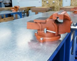 Best Bench Vise – Top 5 Recommendations